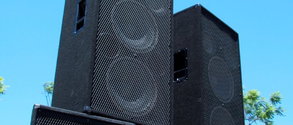 Speaker-Tower-IStock-11.4.2013