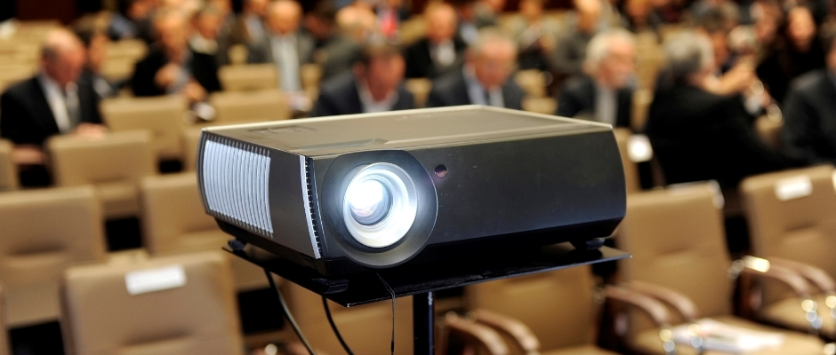 Presentation-Projector-IStock-Photo-11.4.2013